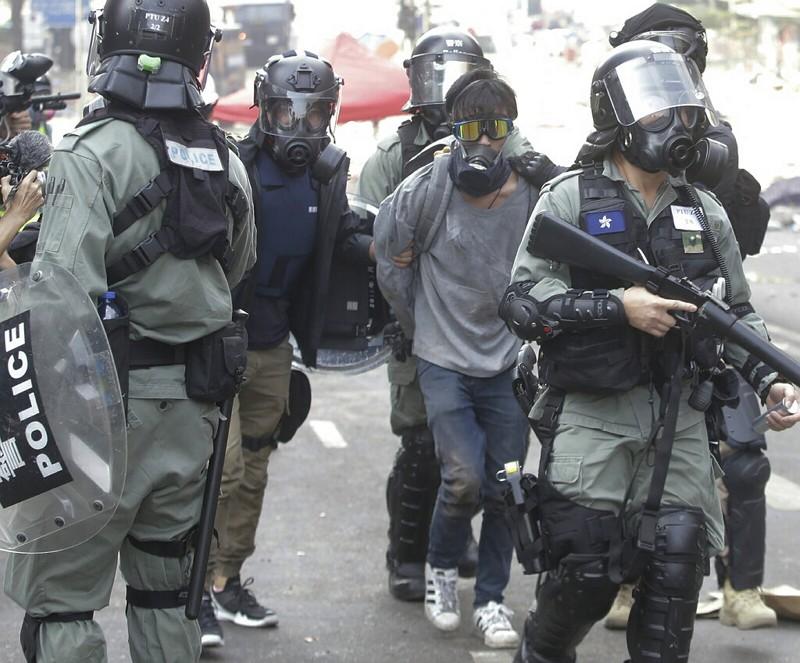 香港示威者被捕(美聯社)