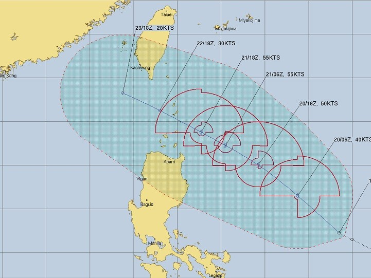 JTWC map of Fung-Wong's projected path.