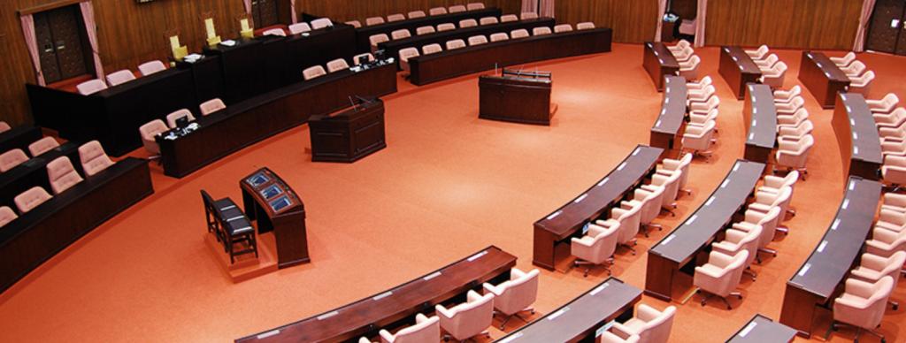 立法院三讀通過「大學法第25條條文修正案」已歸化新住民配偶可依特種身分學生申請大學。(照片來源:立法院)