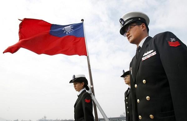 Taiwan SOS Act would allow Taiwanese flag at government agencies.