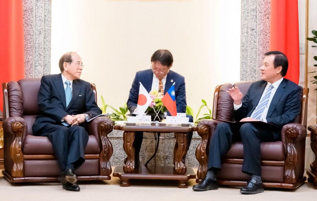 日本台灣交流協會長大橋光夫與立法院長蘇嘉全(照片來源:立法院提供)