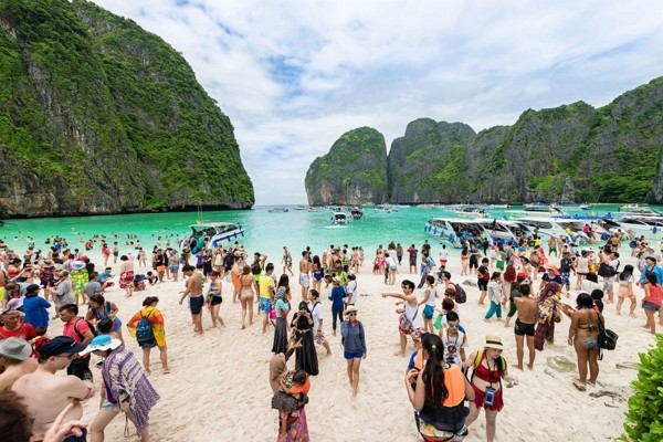 Thai government to cancel new visa requirement (TAT photo)