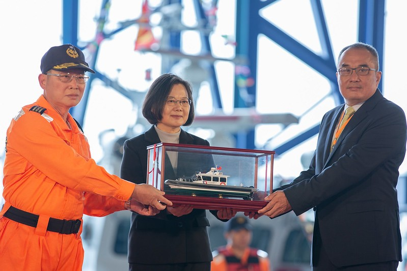 President Tsai Ing-wen attends Coast Guard boat launching ceremony on Dec. 6. (Presidential Office photo)