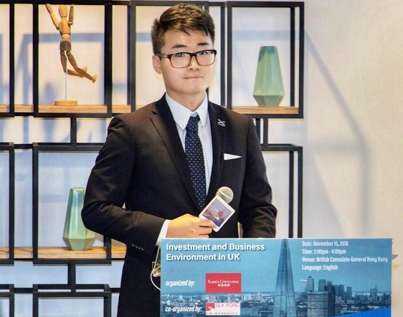 Simon Cheng (photo from Facebook).