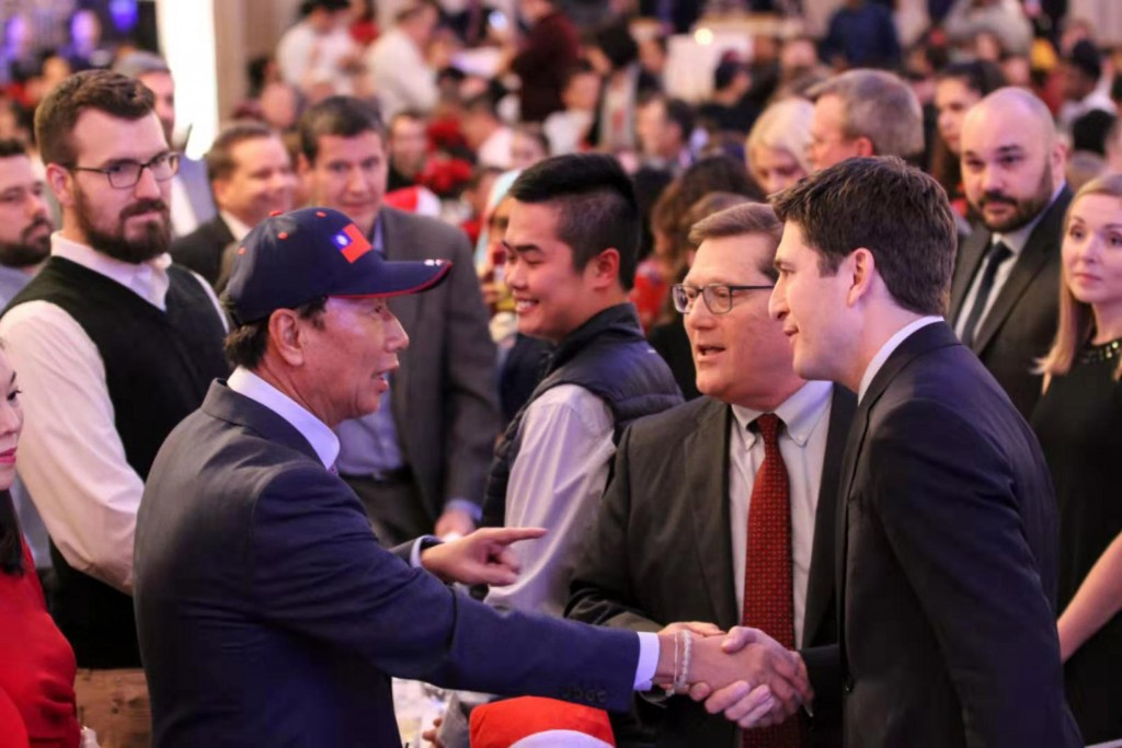 Terry Gou (foreground, left) visiting Wisconsin (photo courtesy of Foxconn).