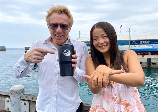 French TV host Jerome Pitorin and Taiwan tour guide.