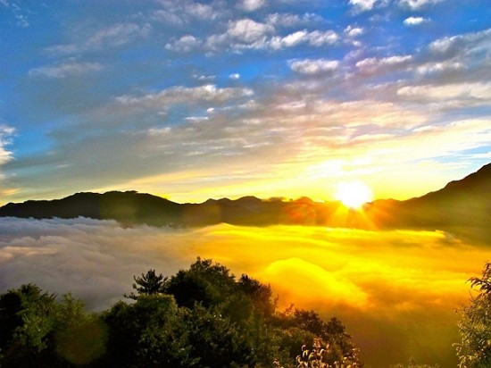 Taiwan's Alishan Railway opens group registration for first sunrise of 2020