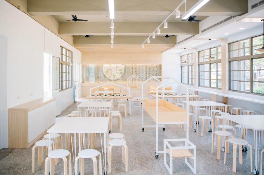 設計師說:想讓同學吃午餐,感覺天天都是在吃buffet,圖為台南新東國小(圖/台創中心)