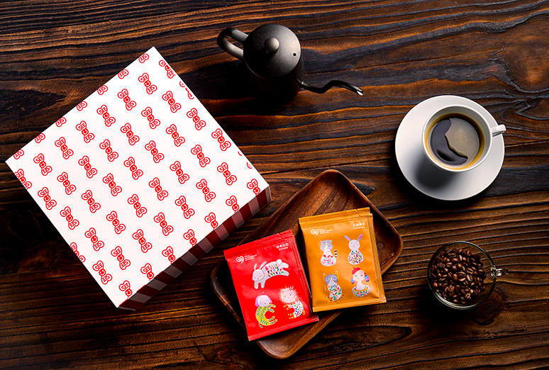 台灣偏鄉孩童及插畫家創作躍上新年咖啡禮盒(圖/用心快樂社會企業)
