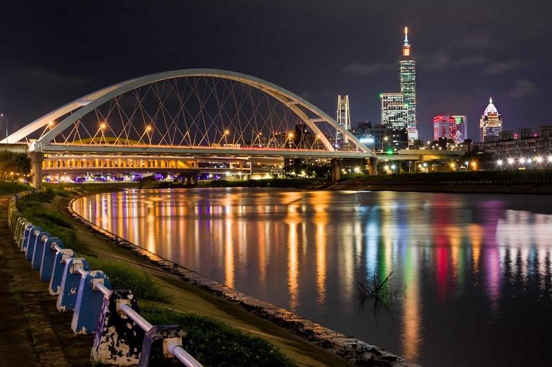 Rainbow Riverside Park (Taipei Hydraulic Engineering Office photo)