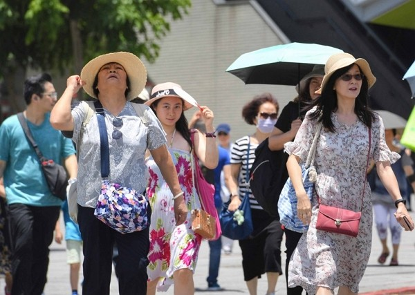 Taiwan faces high average temperature in 2019.