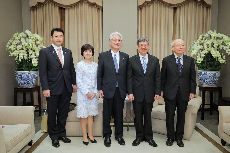 Vice President Chen Chien-jen (second from right) (Presidential Office photo)