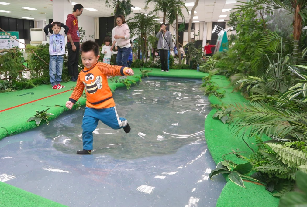 玩瘋了!日本生物體驗展風靡台灣 逼真場景、變身遊戲滿足好奇心