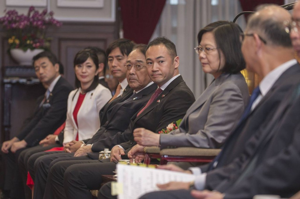 President Tsai Ing-wen met with the Liberation Democratic Party delegation in 2018. Keisuke Suzuki in the middle. (photo from Keisuke Suzuki's Faceboo...