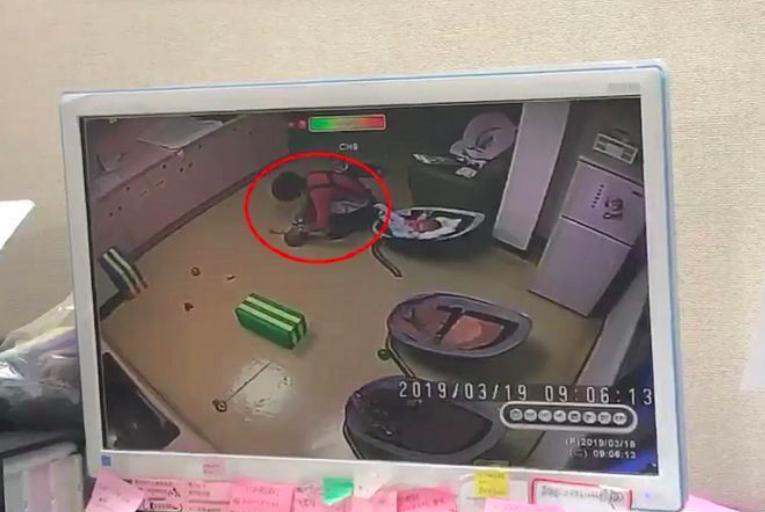 台北市又驚傳虐嬰事件(圖翻攝自爆料公社)