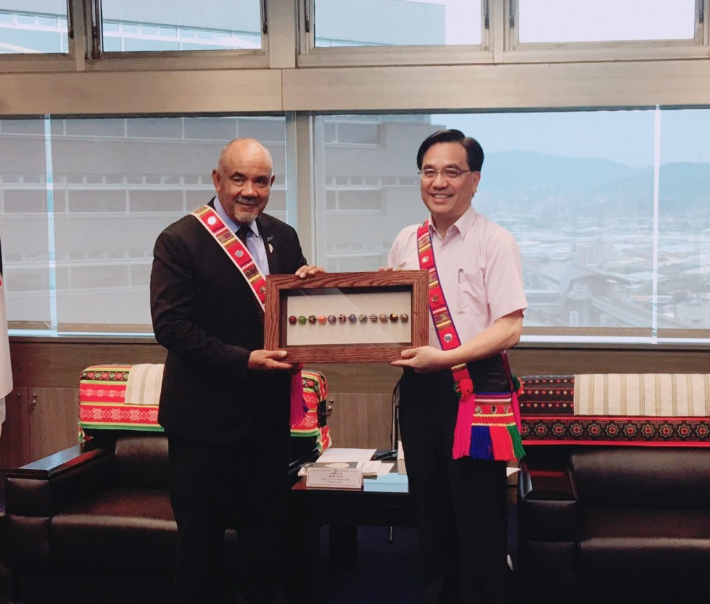 CIP Minister Icyang Parod meets with former minister of New Zealand's Maori Department, Te Ururoa Flavell, on April 22 (Source: CIP)