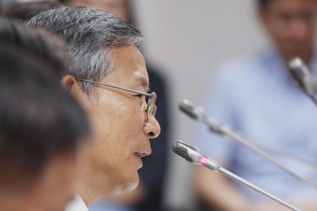 司法院祕書長呂太郎24.25日於立法院司法及法制委員會詢答。