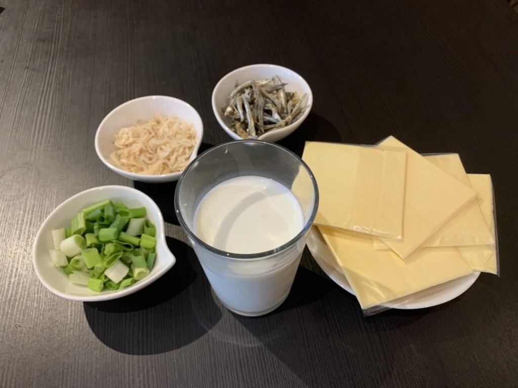 日常生活中常見良好鈣磷比食物,例如起司、牛奶都是很好的鈣質來源。