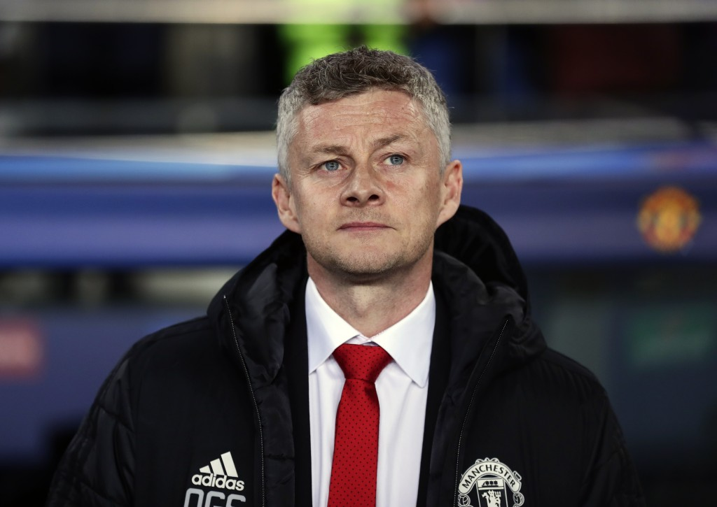 Manchester United coach Ole Gunnar Solskjaer looks out from the bench prior the Champions League quarterfinal, second leg, soccer match between FC Bar