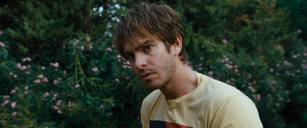 "This image released by A24 shows Andrew Garfield in a scene from ""Under the Silver Lake."" (A24 via AP)"