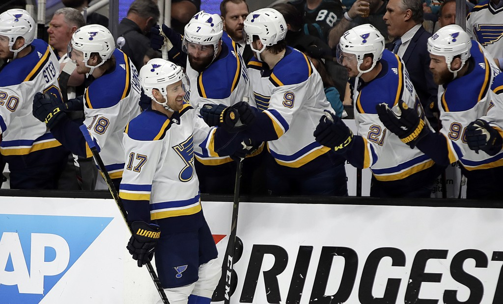 St. Louis Blues' Jaden Schwartz (17) is congratulated after scoring a goal against the San Jose Sharks in the first period in Game 2 of the NHL hockey