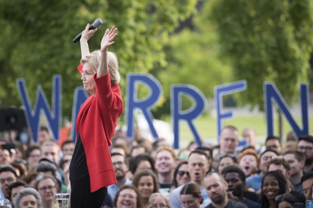 Democratic presidential candidate Sen. Elizabeth Warren, D-Mass., addresses a campaign rally at George Mason University in Fairfax, Thursday, May 16, ...