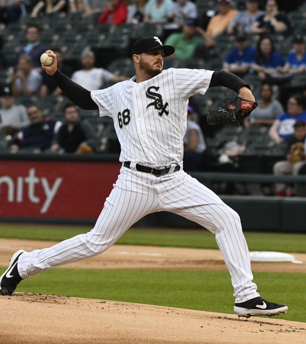 Chicago White Sox starting pitcher Dylan Covey delivers during the first inning of the team's baseball game against the Toronto Blue Jays on Thursday,...