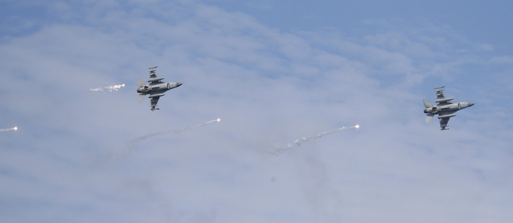 Two U.S.-made F-16 fighter jets launch flares during the annual Han Kuang exercises in Pingtung County, Southern Taiwan, Thursday, May 30, 2019.