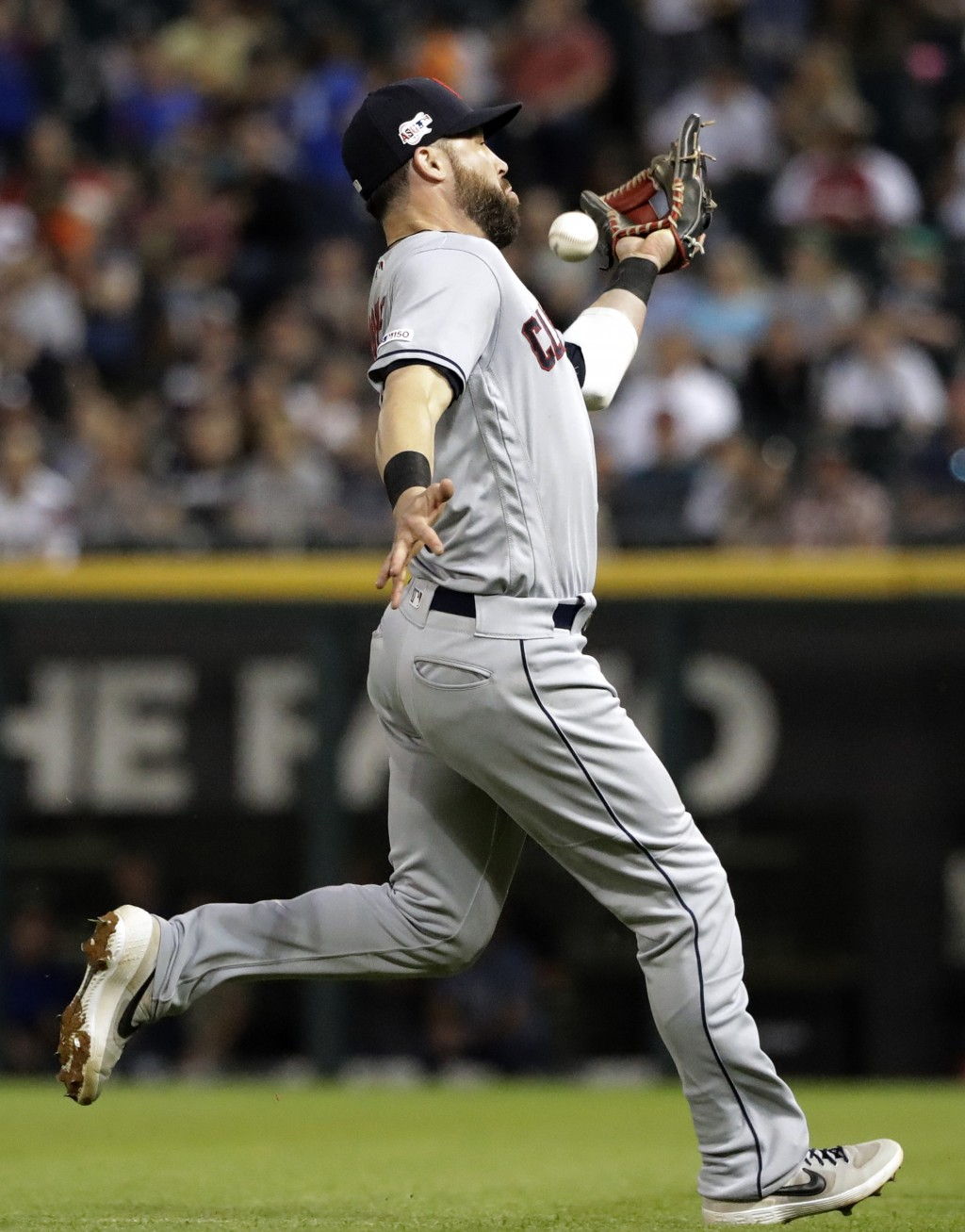 Cleveland Indians second baseman Jason Kipnis cannot make the play on a single by Chicago White Sox's Seby Zavala during the fourth inning of a baseba...