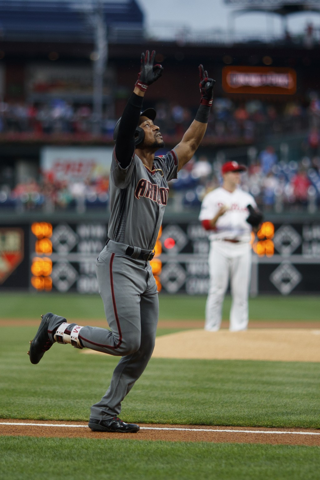8 is Great: D-backs go homer happy in 13-8 wi      Taiwan News