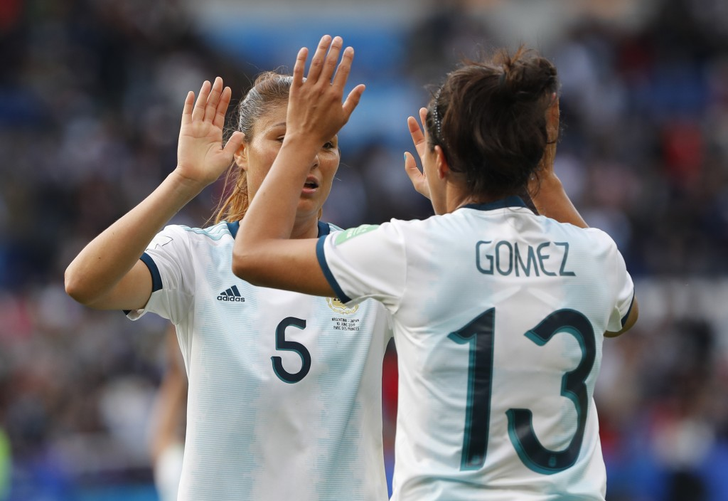 Argentina's Vanesa Santana, left, and Argentina's Virginia Gomez react at the end Women's World Cup Group D soccer match between Argentina and Japan a