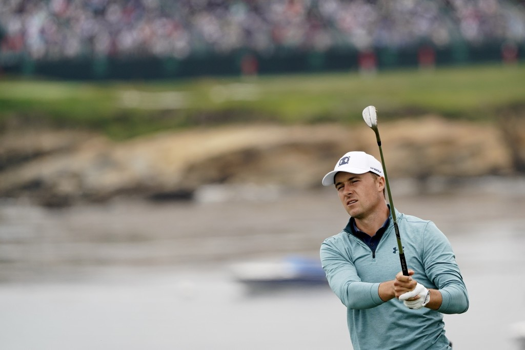 Jordan Spieth watches his tee shot on the seventh hole during the first round of the U.S. Open Championship golf tournament Thursday, June 13, 2019, i...