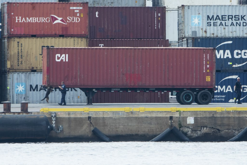 U.S. authorities seized more than $1 billion worth of cocaine from a ship at a Philadelphia port, calling it one of the largest drug busts in American