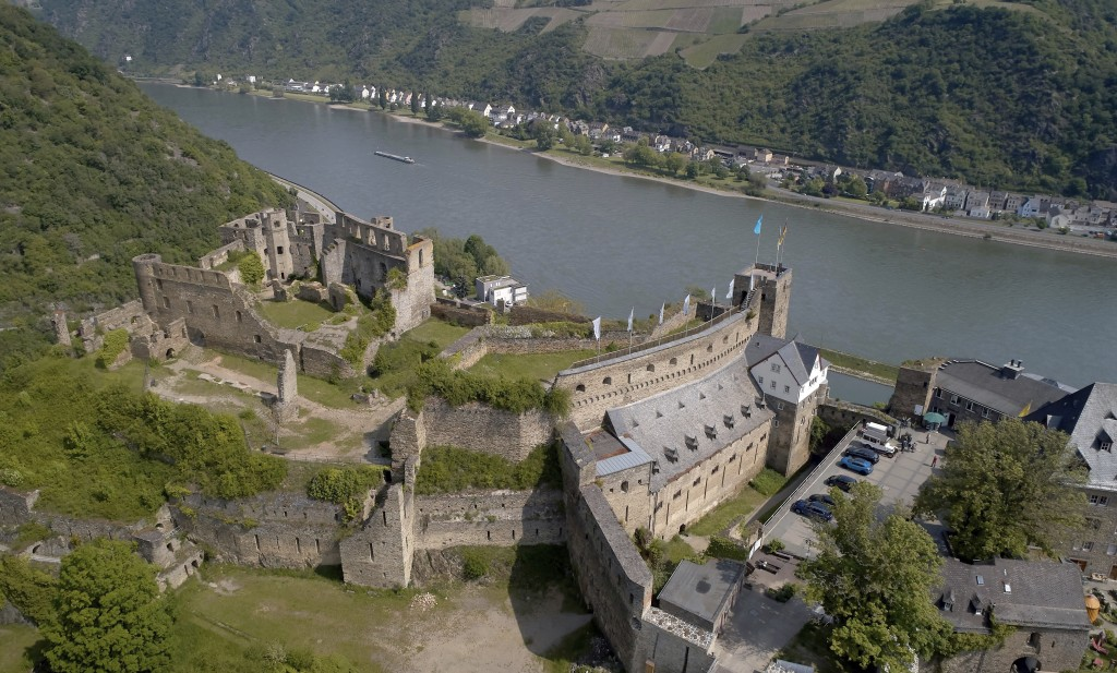 FILE - In this May 19, 2019 file photo, Rheinfels Castle is pictured in St. Goar, Germany. A descendant of the last German kaiser has lost a court bid...