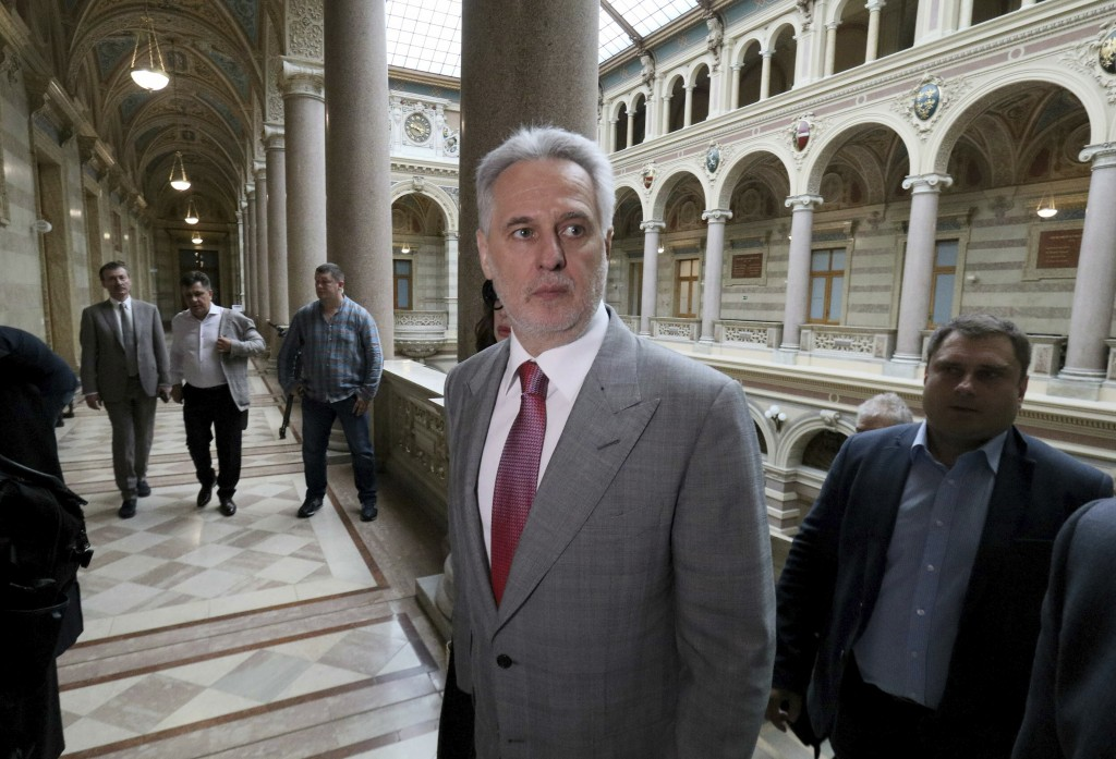 Ukrainian oligarch Dymitro Firtash arrives for the start of his trial at the Austrian supreme court in Vienna, Austria, Tuesday, June 25, 2019. Austri...