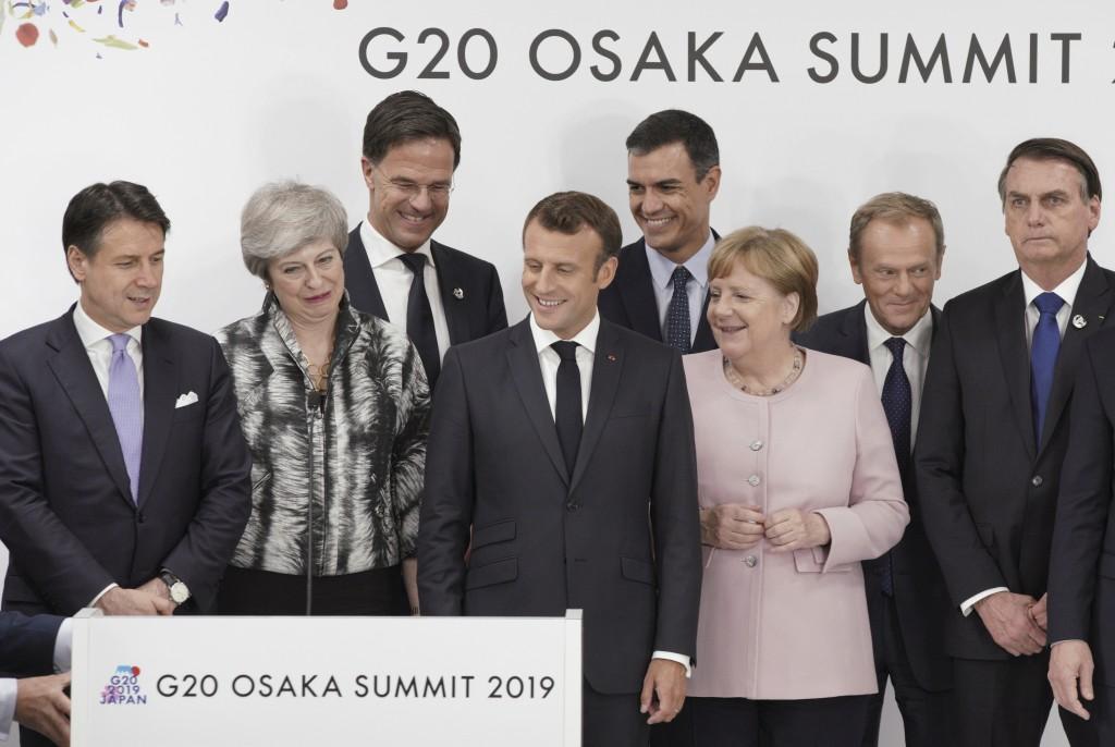 From left, Italian Prime Minister Giuseppe Conte, British Prime Minister Theresa May, Dutch Prime Minister Mark Rutte, French President Emmanuel Macro...