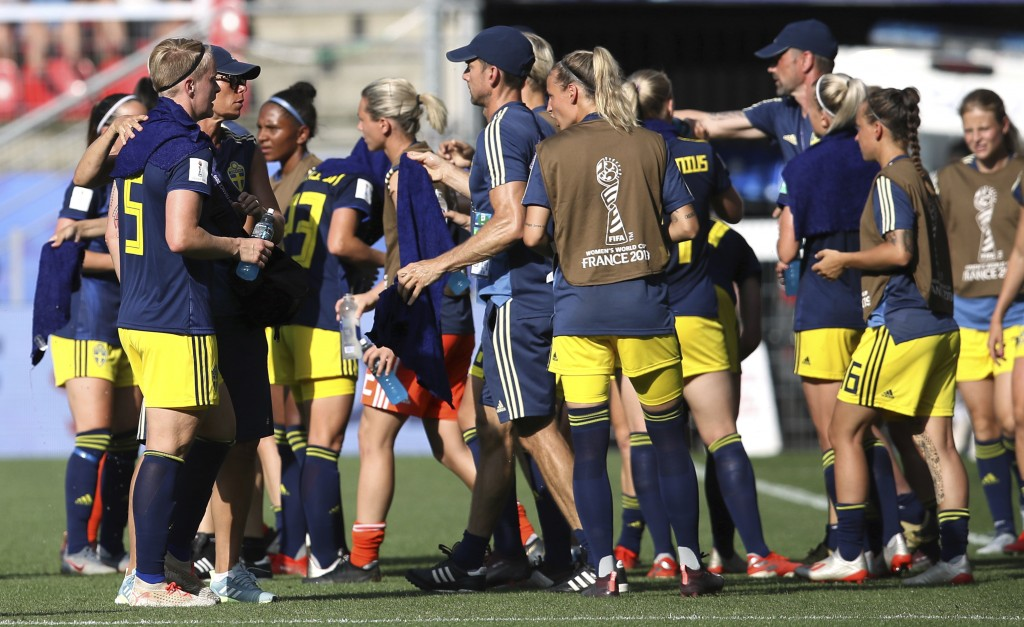 Sweden's players take a drinks brake during the of the Women's World Cup quarterfinal soccer match between Germany and Sweden at Roazhon Park in Renne...