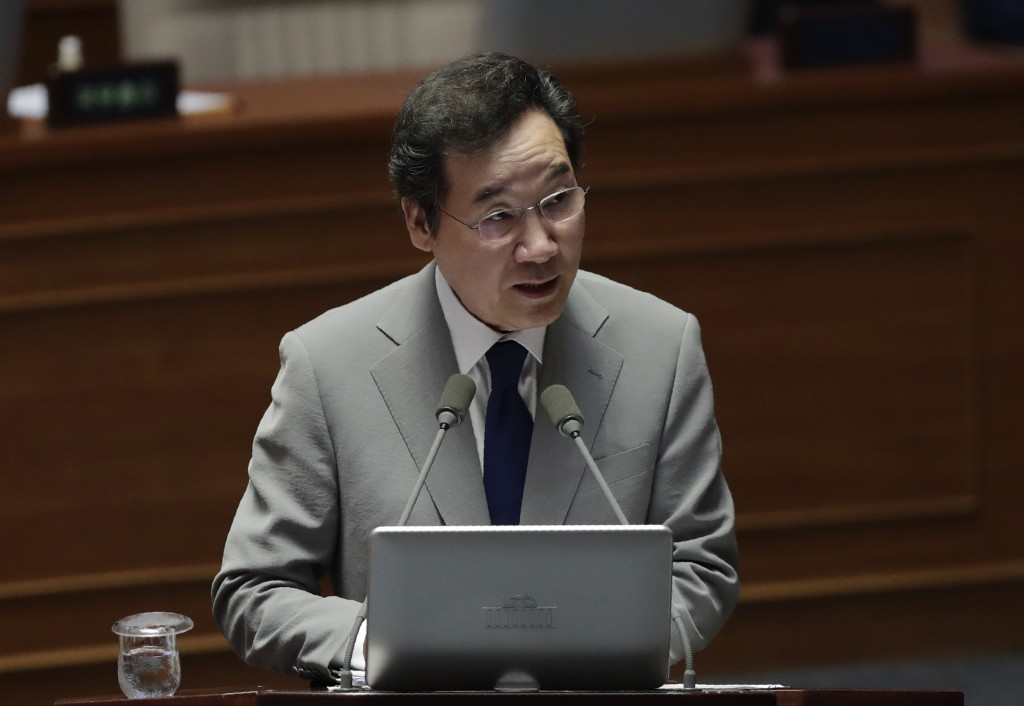 South Korean Prime Minister Lee Nak-yon answers questions during a plenary session for interpellation session at National Assembly in Seoul, South Kor