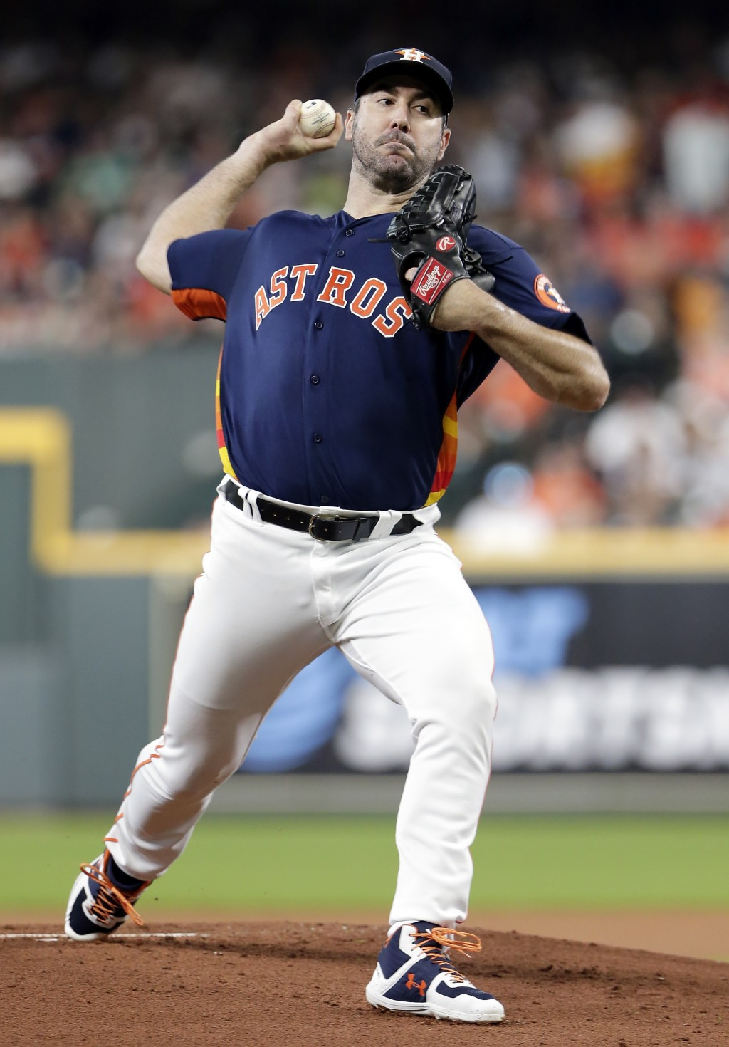 Houston Astros starting pitcher Justin Verlander throws during the first inning of a baseball game against the Seattle Mariners, Sunday, Aug. 4, 2019,