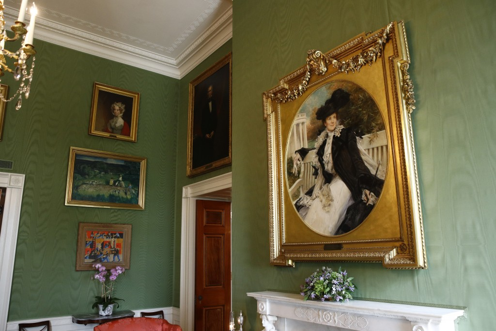 This Sept. 17, 2019, photo shows a portrait of former first lady Edith Roosevelt, right, wife of President Theodore Roosevelt, in the Green Room of th