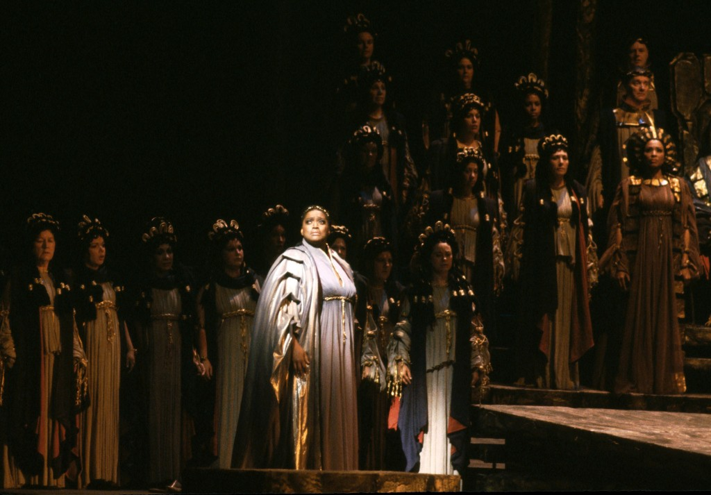 "This 1983 photo released by the Metropolitan Opera shows soprano Jessye Norman as Cassandre in Berlioz' ""Les Troyens,"" the role of her Metropolitan Op..."