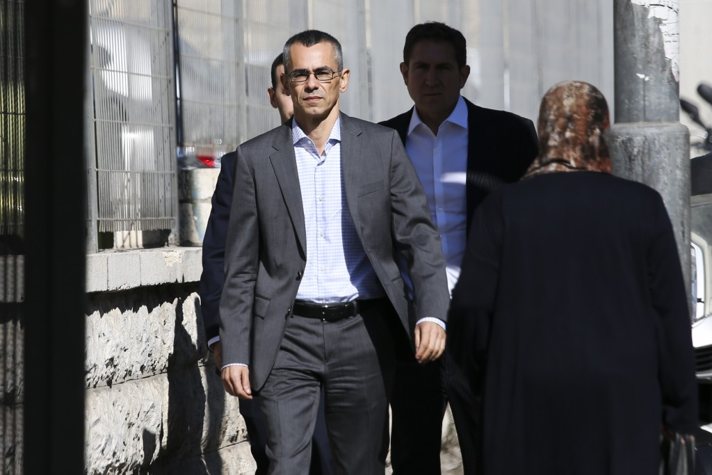Netanyahu lawyers pushing for corruption charges to be softened