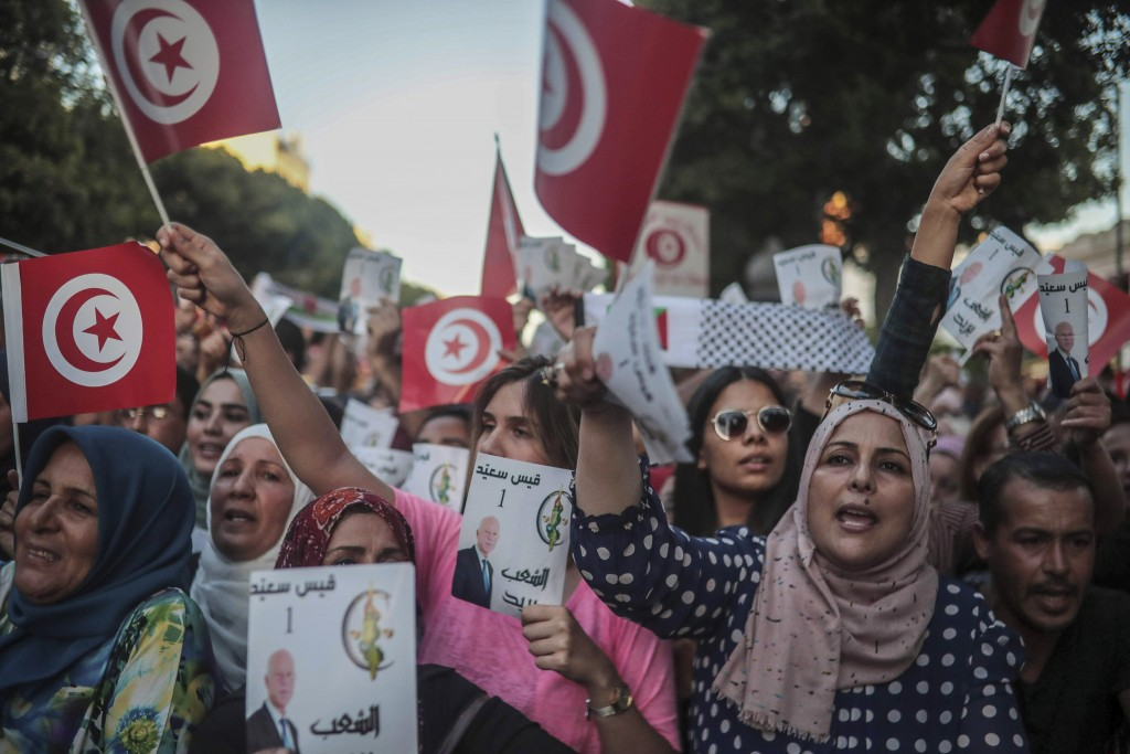 Tunisia projections say professor wins election