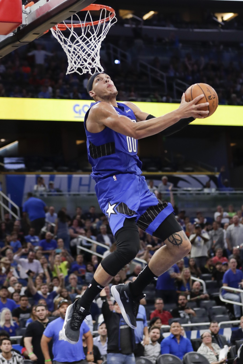 Orlando Magic's Aaron Gordon goes up for an uncontested dunk New York Knicks during the second half of an NBA basketball game, Wednesday, Oct. 30, 201...