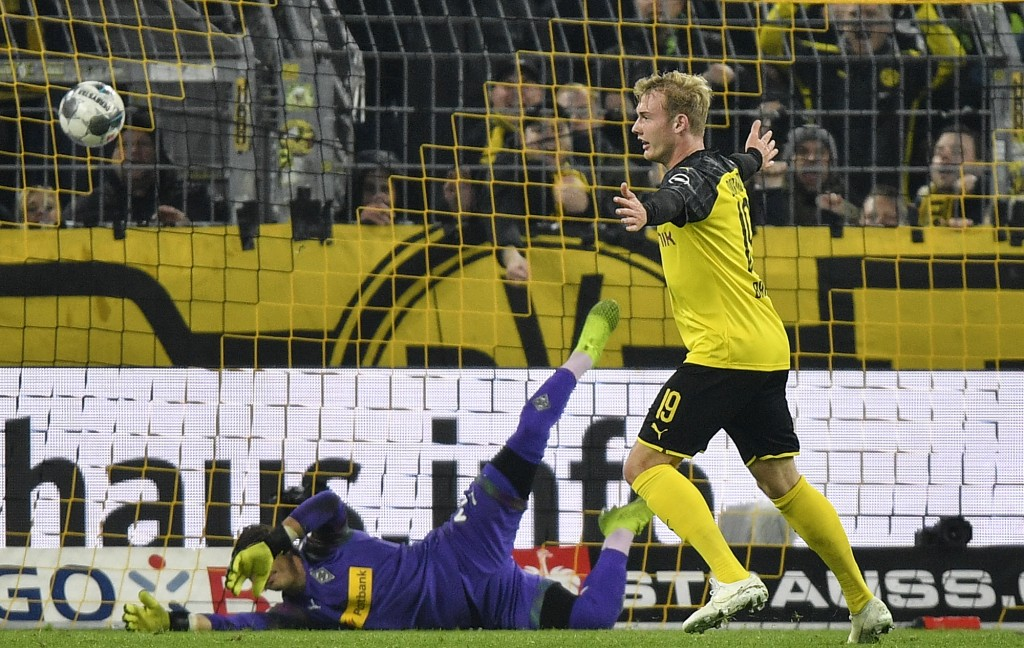 Dortmund Comes From Behind To Beat Gladbach 2 1 In Cup Taiwan News