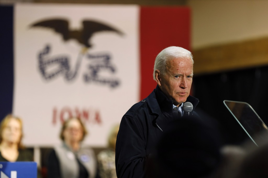 Biden holds the lead, Warren gaining ground