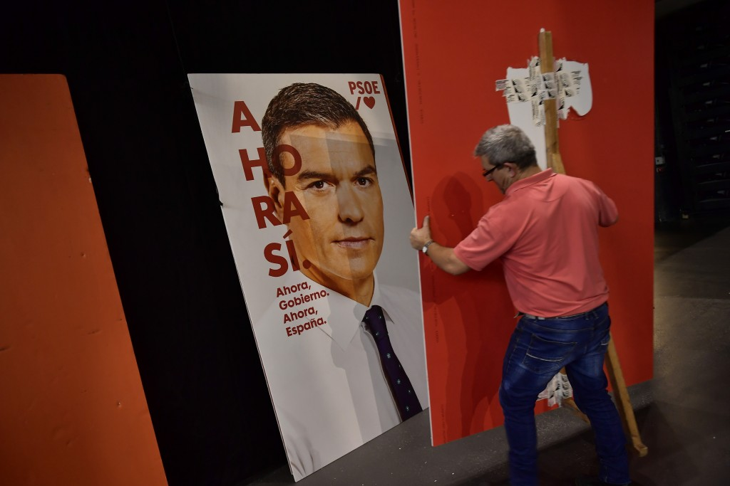 Spanish election: Sánchez set to fall short of majority