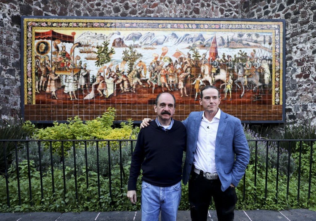 Federico Acosta, a Mexican who traces his lineage back 16 generations back to Moctezuma's daughter, left, and Italian Ascanio Pignatelli also of the 1...