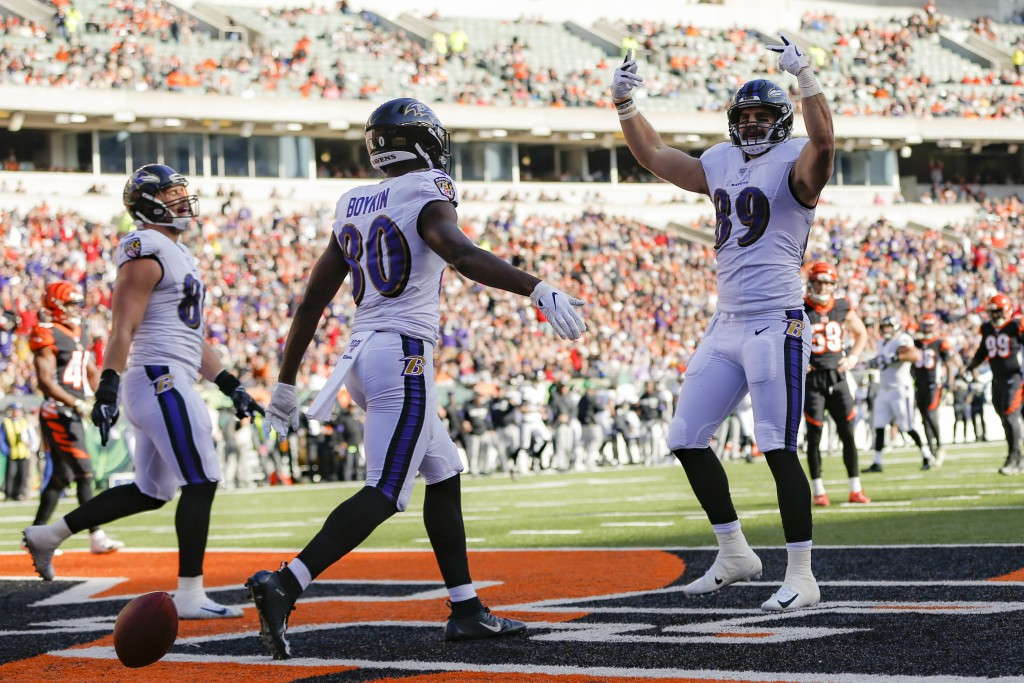 Baltimore Ravens tight end Mark Andrews (89) celebrates his touchdown during the first half of NFL football game against the Cincinnati Bengals, Sunda...