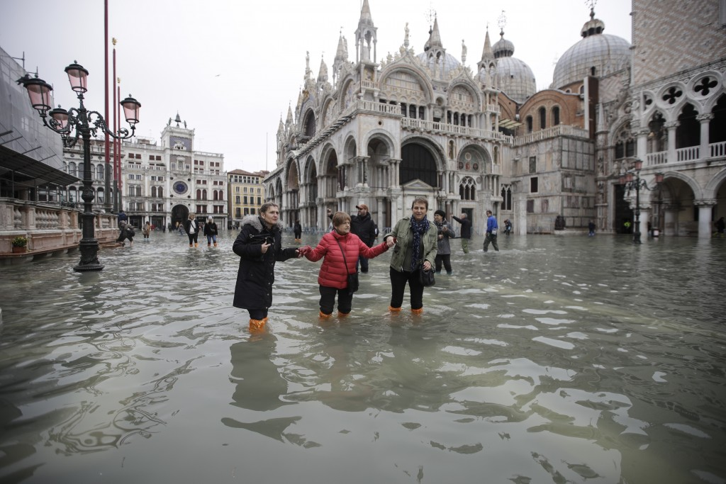 Venice floods: 'City on its knees'